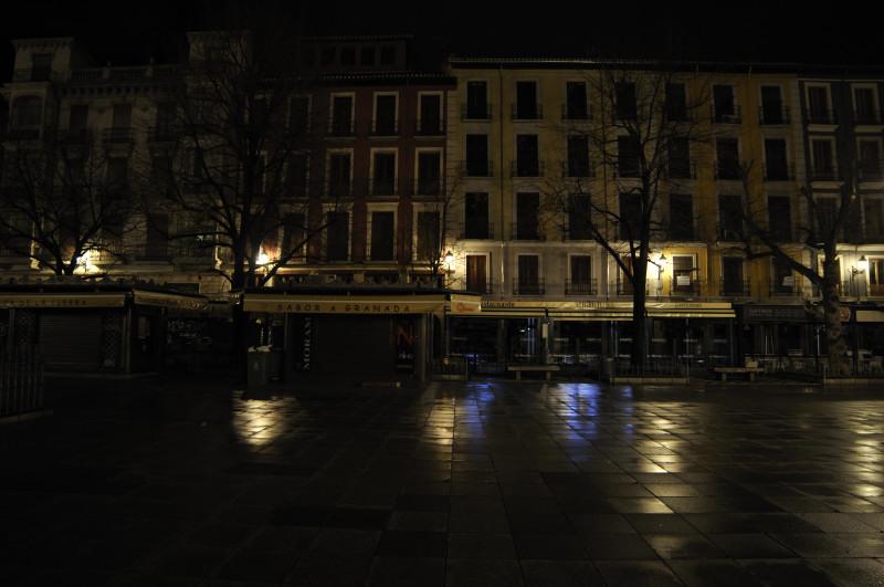 bibrrambla nocturna tras la lluvia, fachadas